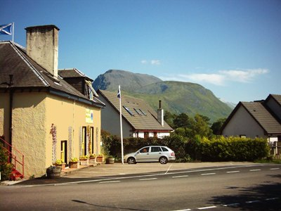 Chase The Wild Goose Hostel Hotel Scotland Deals